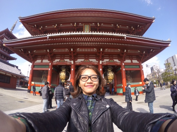 The beautiful entrance of Senso-ji Temple with huge lantern behind me.